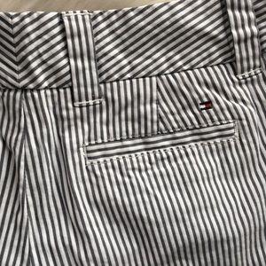 Tommy Hilfiger Shorts - Tommy Hilfiger 6 Bermuda seersucker shorts